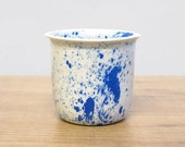 Modern ceramic cup handmade in polygons - facetted design Poligon Cup - bright color tableware - messy tableware - fresh -cobalt blue