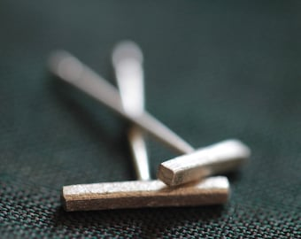 Handmade silver minimalist bar stud earrings (E0165)