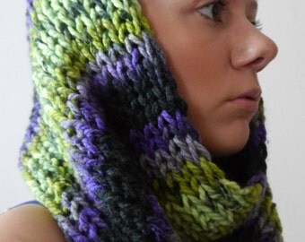 Multi Color Green-Purple-Black Knit Cowl