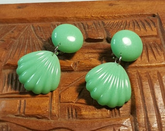 Mint Shimmer Shelly Dangles - Pinup - Paradise - Tiki - Tropical - Earrings