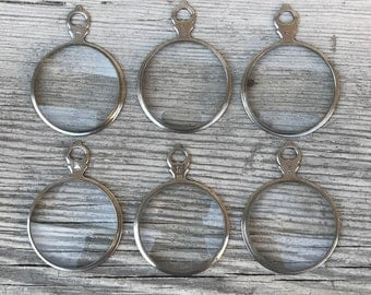 Antique magnifying glass pendant silver w loop. Optical lens. magnifier silver tone. pocket watch fob e130