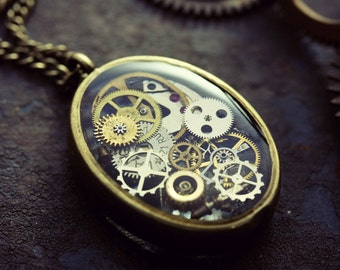 Watch Part Pendant Resin Steampunk Necklace Miniature Industrial Terrarium Micro Watch Cogs Gothic Jewelry Neo Victorian Eco-Friendly Resin