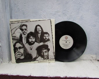 1976 The Doobie Brothers Minute By Minute. Vinyl Record Album. 33-1/3 LP Record. Warner Brothers Records.