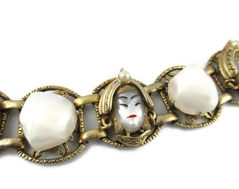 Selro Asian Princess Bracelet/ Selro Pearly Moonglow Asian Princess Bracelet / Chunky Gold Tone Bracelet