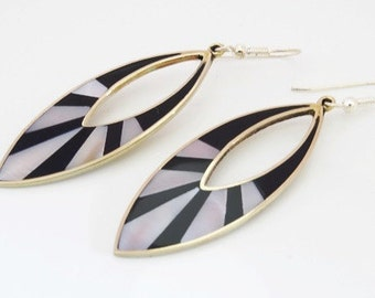 Art Deco Style Ladies Alpaca Mexico Silver, Mother of Pearl and Black Enamel Elliptical Drop Earrings FREE POSTAGE