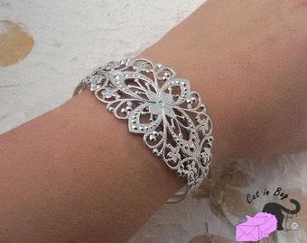 1 adjustable filigree brass bracelet - silver tone - SP74-178