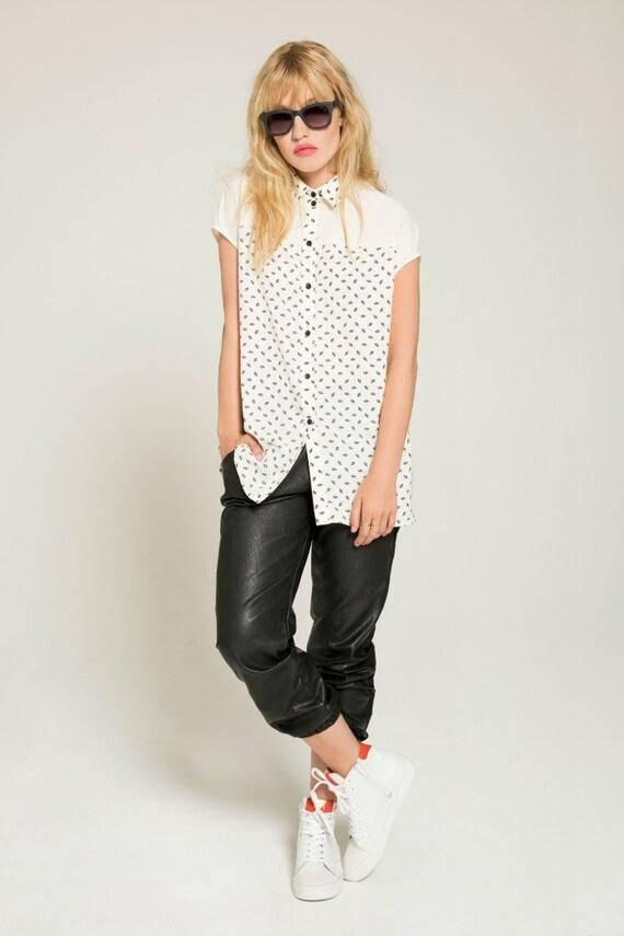 LES ÉTOILES - oversize shirt, blouse for women - white with paper fans prints