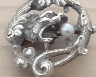 Beautiful vintage silver dragon and pearl brooch