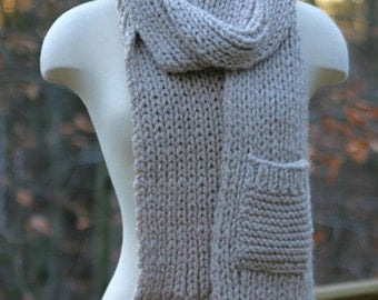 Long Chunky Knitted Scarf with Pocket