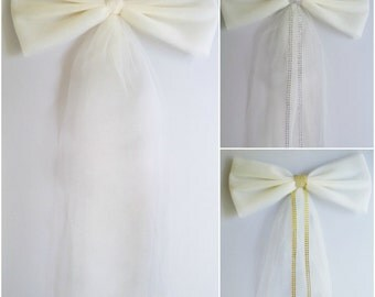 Ivory Tulle Bow, Wedding Pew Bow,  Bridal Shower Bow, Stair Door Mailbox Tree Topper Church Decoration