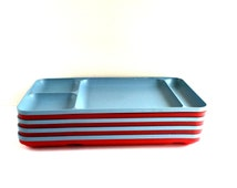 VIntage Eight Piece Set ot Red and Blue Tupperware Picnic Trays