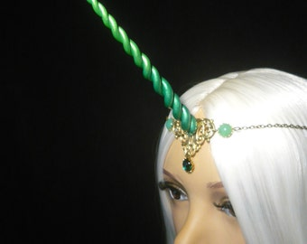 Emerald Unicorn - Tiara with handsculpted pearlescent horn