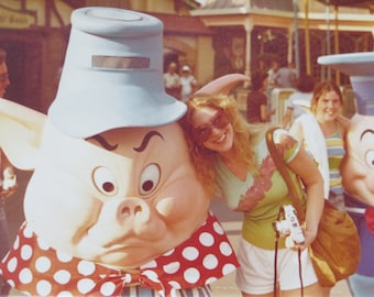 1970's Disneyland Three Little Pigs Color Snapshot Photo - Free Shipping