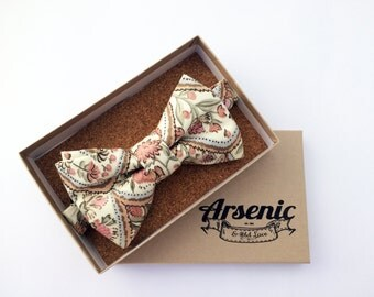 Floral bow tie | mens bow tie | pink bow tie | pink and cream bow tie | boys bow tie | toddler bow tie | vintage bow tie | womens bow tie