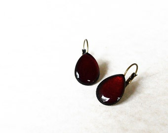Deep red teardrop earrings / Sangria resin jewelry / Crimson earrings / Dark red earrings / Red hot jewelry / Gift for her / FREE SHIPPING