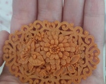 SALE! Vintage 1930s peach, coral celluloid flower brooch.