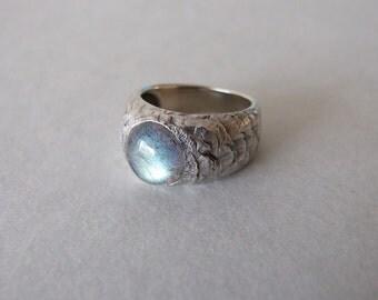 Silver Labradorite Ring - rustic ring , for men , engagement ring,  labradorite ring , silver ring , woodland ring , silver rustic ring