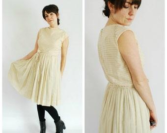 1950's Cotton Dress - 50's Tan Pleated Sleeveless Dress - Size L