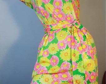 FREE  SHIPPING  1960 Nylon Mod Abstract Dress