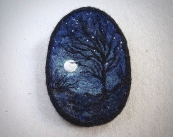 needle felted STARRY NIGHT LANDSCAPE brooch - full moon - night sky - needle felted painting miniature -  silhouette painting - trees - uk
