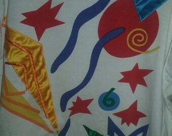 colorful shapes geometric '90s t-shirt