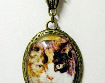 Calico cat pendant with chain - CAP09-028