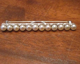 14k White Pearl Straight Pin