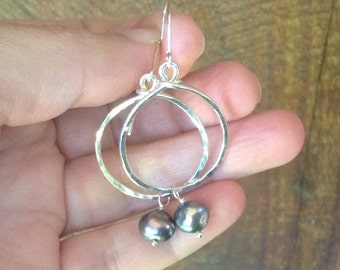 Black Pearl Earrings,Baroque Freshwater Pearls, Hammered Sterling Silver Circles Handmade by LisaJStudioJeweler.