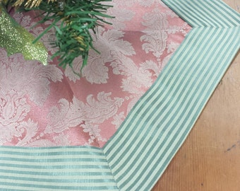 Mini-Tabletop Christmas Tree Skirt: mauve pink damask with teal seafoam stiped banded edge