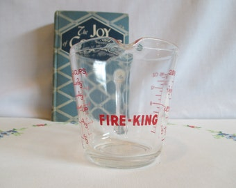 Vintage Anchor Hocking Fire King 16 ounce, 2 Cups, 1 Pint Liquid Measuring Cup