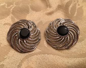 Sarah Coventry Silver Tone Mystic Swirl Clip On Earrings, Swirl Circle Black Round Center Earrings, Silver Pinwheel Black Center