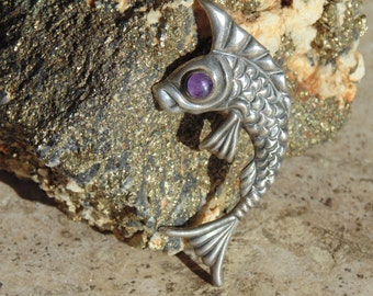 Mexican Sterling Silver Fish with Purple Eye Pin in Repousse