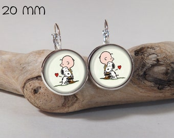 Earring Charlie Brown & Snoopy 20mm diam. Round glass and metal