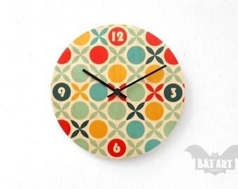 Wall Clock 20cm, Wooden clock, Retro clock, Hanging clock, Modern Wall Clock, Pop clock, Gift for her, Room decor, Home Decor, Deco Clock