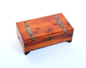 Vintage Footed Cedar Wood Box