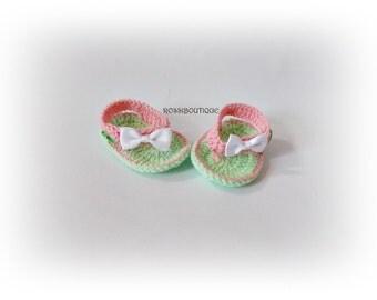Baby Flip Flops, crochet baby flip flops, Green pink sandals, Crochet newborn Flip Flops, Baby Shoes, Crochet Baby Sandles, Girl Sandles