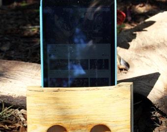 Wooden Acoustic iPad Amplifier