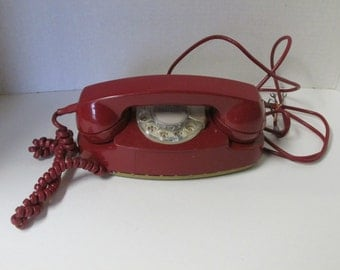 Vintage Bell Systems The Princess Phone RED Rotary Phone Corded Telephone