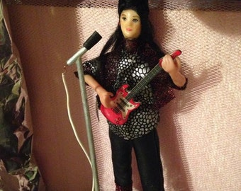 Dollhousedoll , Amy is a Rockstar with guitar , Handmade in 1to 12 OAk