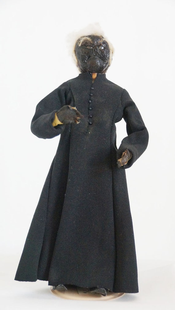 father damien apple core folk art doll from 1940s. Black Bedroom Furniture Sets. Home Design Ideas