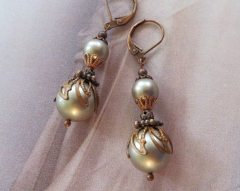 WEDDING PEARL EARRINGS, Platinum, Bride Pearl Earrings, Swarovski, Copper Earrings, Bridal Earrings, French Vintage, Bridesmaid gift