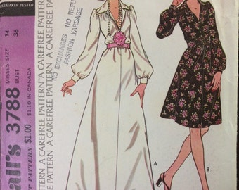 McCalls 3788 - 1970s Maxi or Knee Length Dress with Large Pointed Collar - Size 14 Bust 36