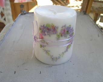 NEW! Cute Lavender/Pink Heart Candle. Mothers Day