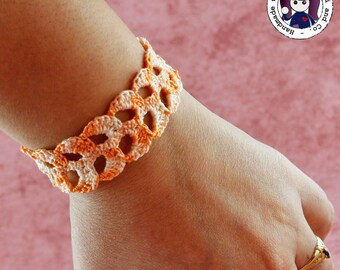 Crocheted bracelet (orange)