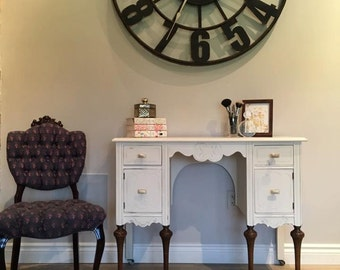 Items Similar To Chalk Painted 1920 S Vanity With Tri Fold