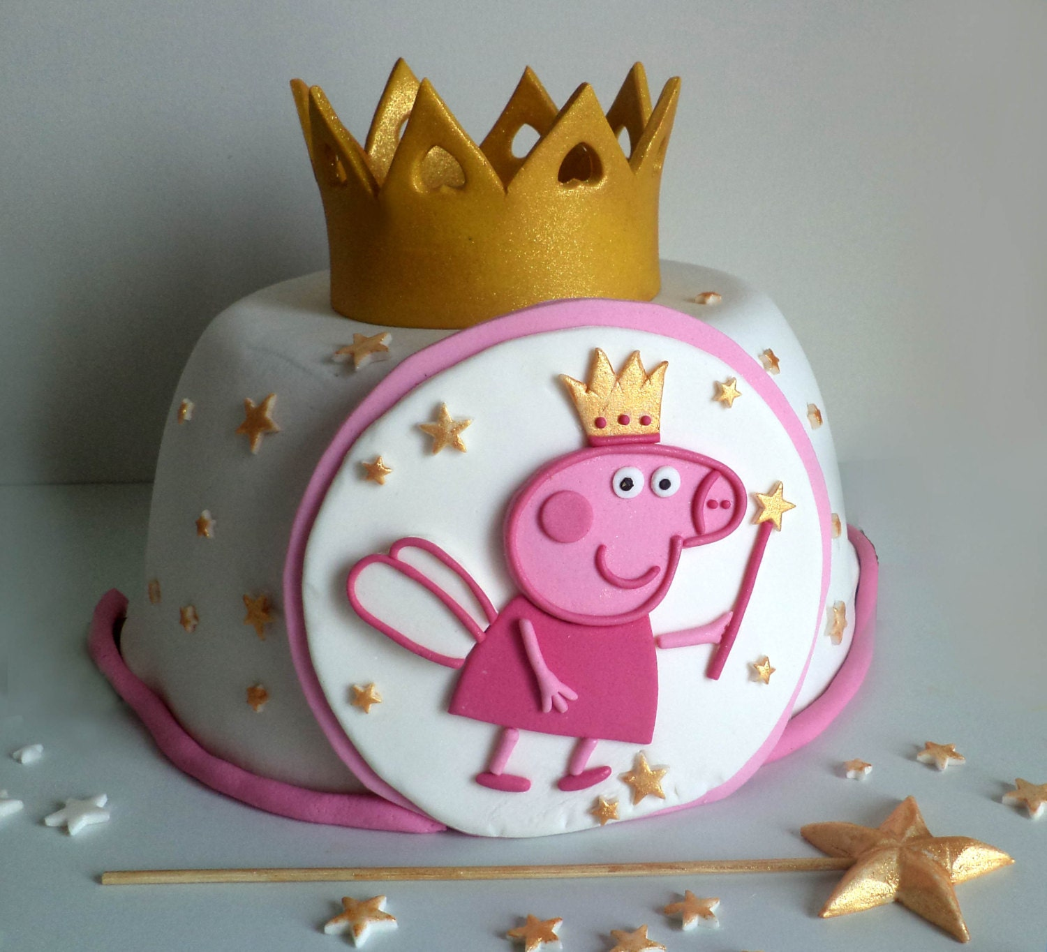 Peppa Pig Fairy Princess Fondant Cake Topper with Gold Crown