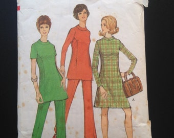 Style 2860, Mod Dress, Tunic and Pants,  Size 18, Bust 40.  Vintage British Sewing Pattern from 1970