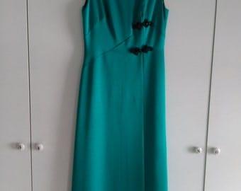 Gorgeous emerald green evening dress