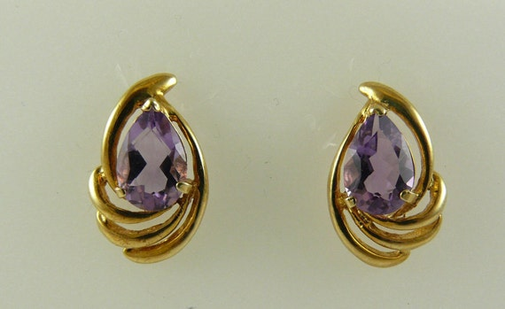 Amethyst 2.50ct Earring 14k Yellow Gold Post and Push Backs