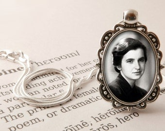 Rosalind Franklin Pendant Necklace - Science Jewelry, Rosalind Franklin Jewelry, DNA jewelry, Women in Science Gift, Scientist Jewellery